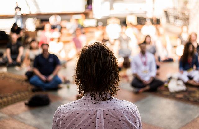 beneficios de meia hora de meditacao